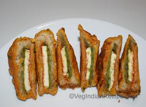 Paneer bread pakoda recipe indian vegetarian recipes paneer bread pakoda recipe forumfinder Image collections