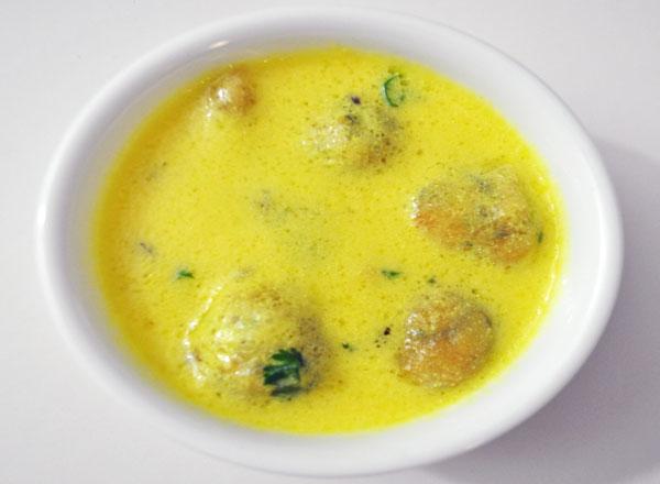 Kadhi pakora recipe indian vegetarian recipes vegindianrecipe kadhi pakora recipe forumfinder Images